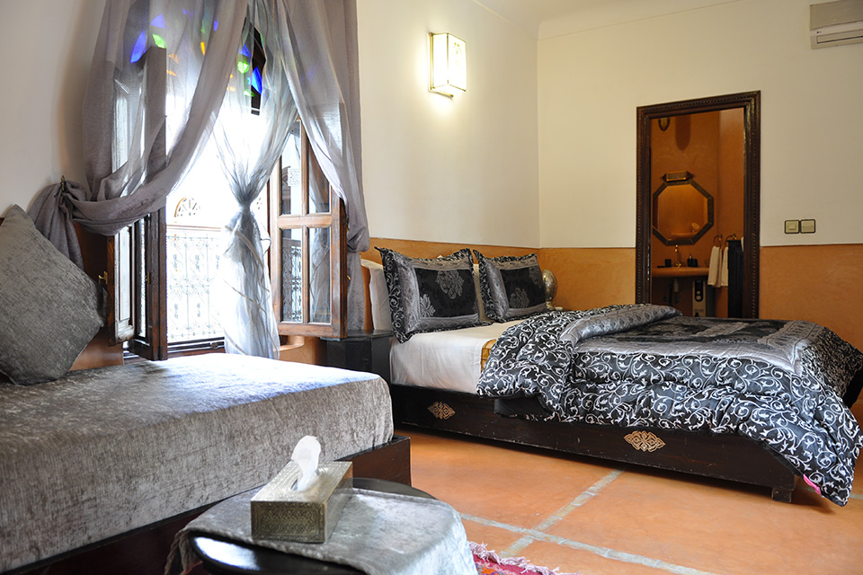 les chambres riad le pavillon oriental. Black Bedroom Furniture Sets. Home Design Ideas